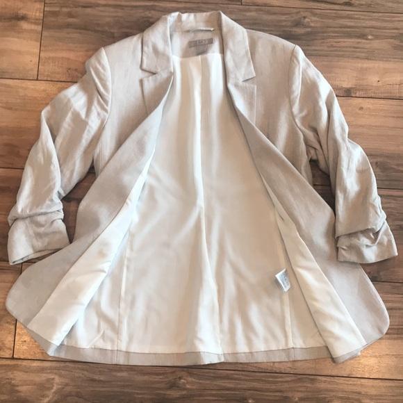 H&M 3/4 sleeve light beige blazer